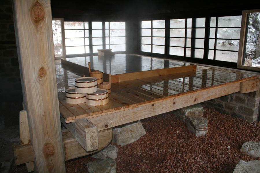 Bagno giapponese tradizionale ofuro wabisabiculture zen ed arti meditative - Bagno stile giapponese ...